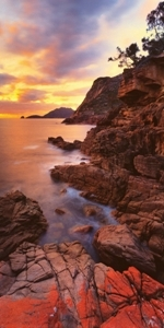 FREYCINET DAWN - click for enlargements, information & purchasing